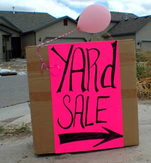 temporary sign/yard sale sign