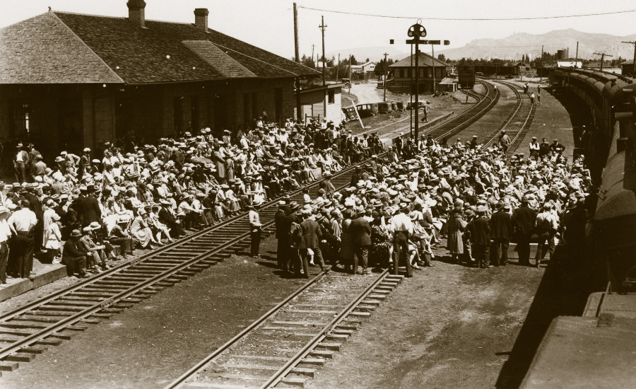 Many events surrounded the Redmond railroad including traveling speakers and dairy demonstrations.